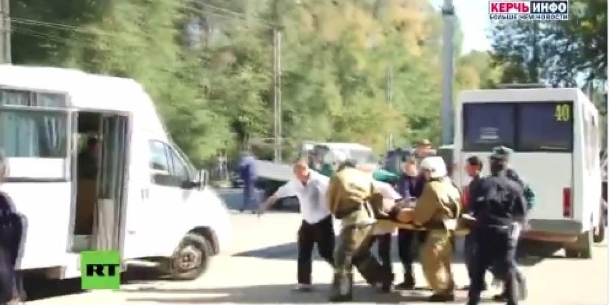 18 adolescentes mueren por bomba en colegio de Crimea