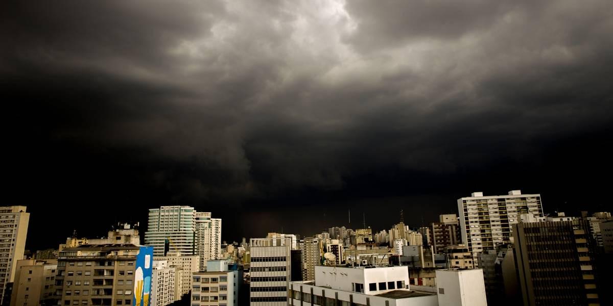Chuva deixa São Paulo em estado de atenção nesta sexta; córregos podem transbordar