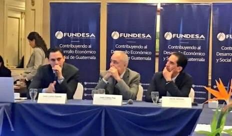 Víctor Asturias, titular del Pronacom, participó en la presentación de los resultados del Índice de Competitividad Global 2019.