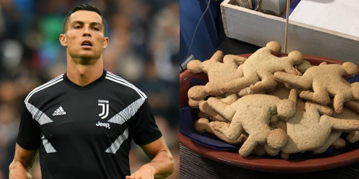 Sacan a la venta galletas 'Cristiano Ronaldo' teniendo sexo