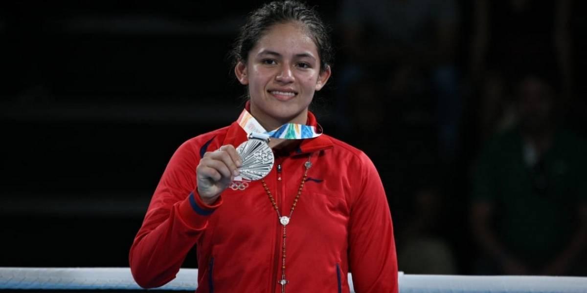 Mexicana conquista la primera medalla olímpica en box