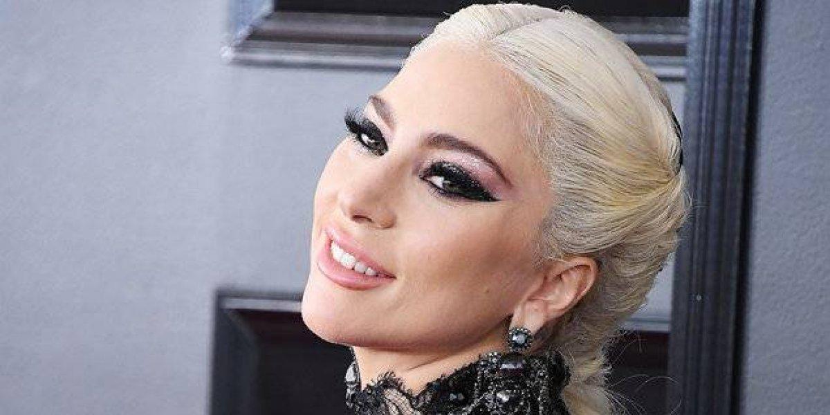 Lady Gaga se comprometió con su novio Christian Carino