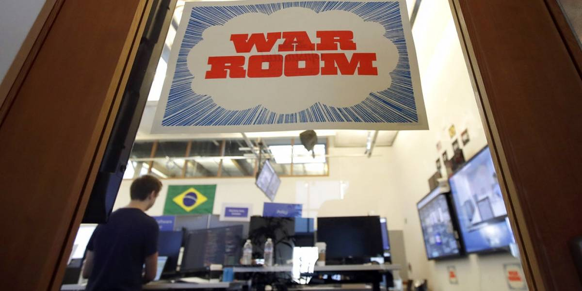 """War room"" de Facebook combate noticias electorales falsas"