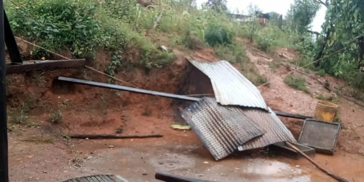 Deslave de cerro en San Pedro Ocotepec deja 5 muertos