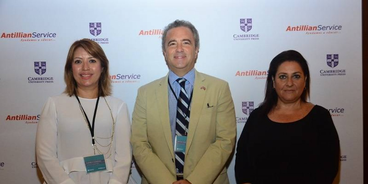 #TeVimosEn: Cambridge University Press y Antillian Service celebran conferencia sobre instituciones educativa