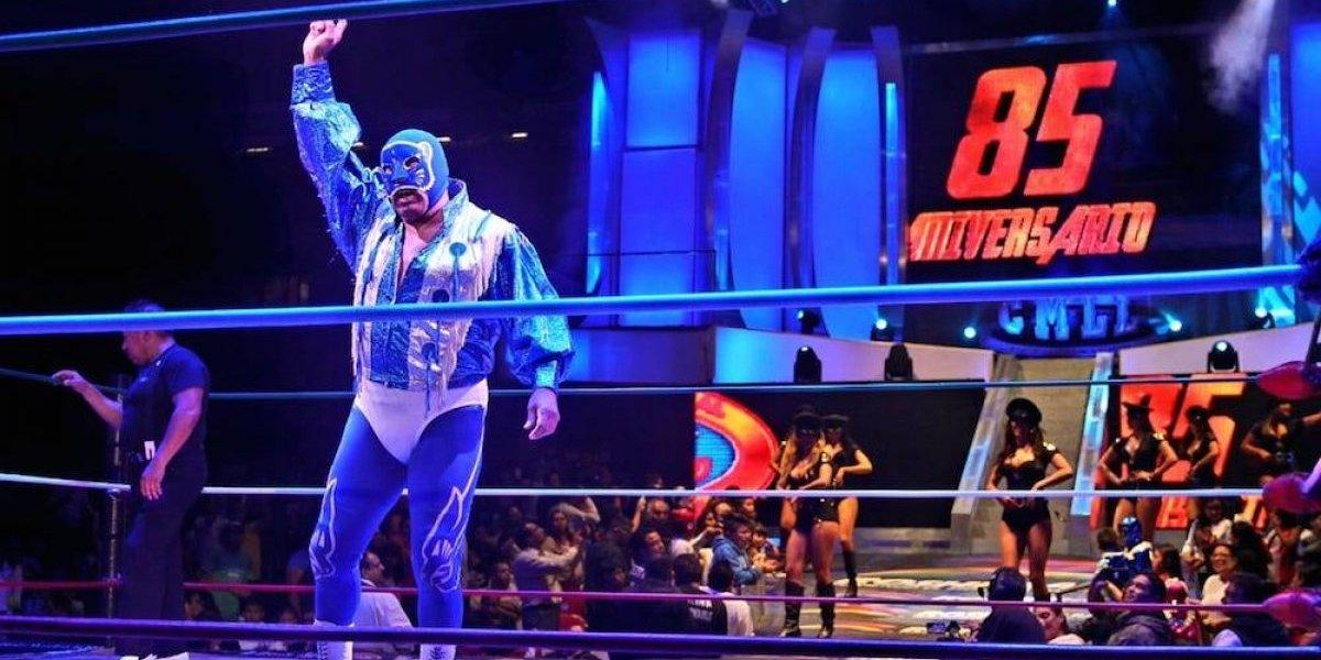 Blue Panther cumple 40 años como luchador profesional