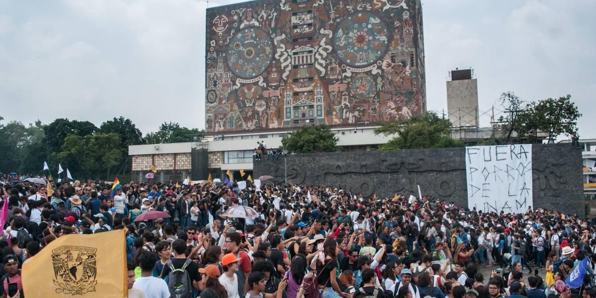 UNAM expulsa a cuatro estudiantes más por hechos violentos en CU