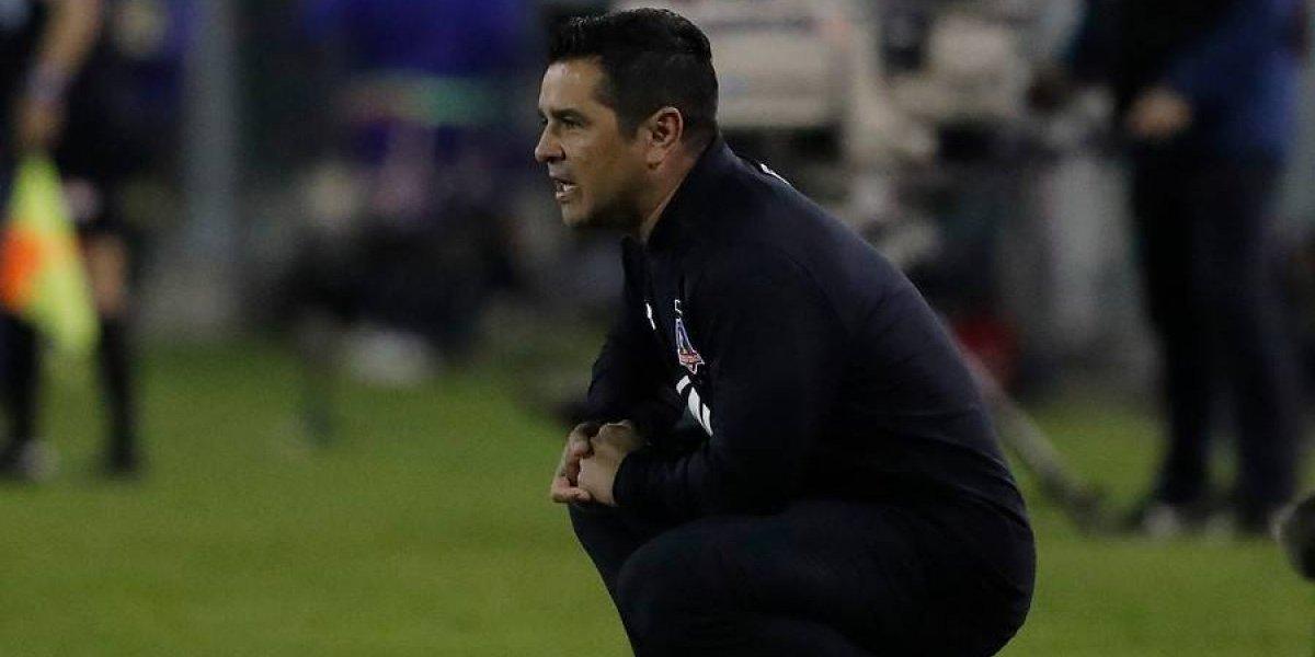 """Tapia no se aproblema por los rumores en Colo Colo: """"Siempre suenan nombres para la banca, pero no me complica"""""""