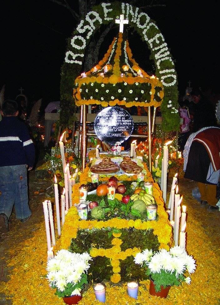 Michoacán recuerda a las ánimas con profundo sentido espiritual