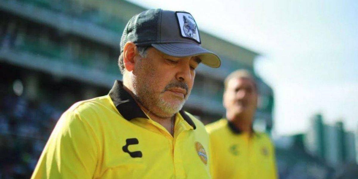Diego Maradona fue internado de urgencia por sangrado estomacal