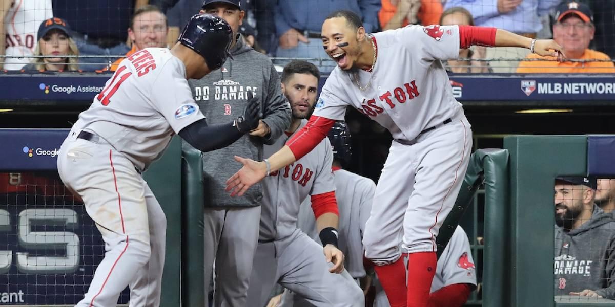Medias Rojas de Boston eliminan a Astros de Houston y avanzan a la Serie Mundial