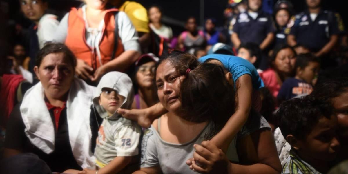 VIDEO. El estremecedor llanto y súplica de un hondureño que pide ingresar a México
