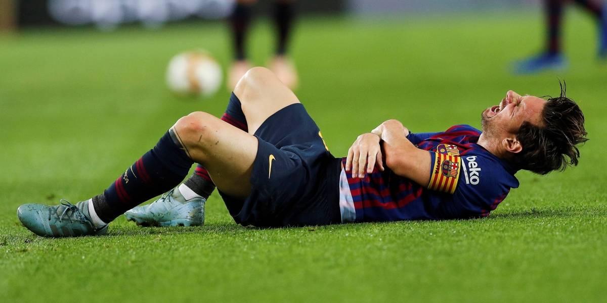 ¡Ay, qué dolor! La dramática lesión de Messi en el brazo derecho