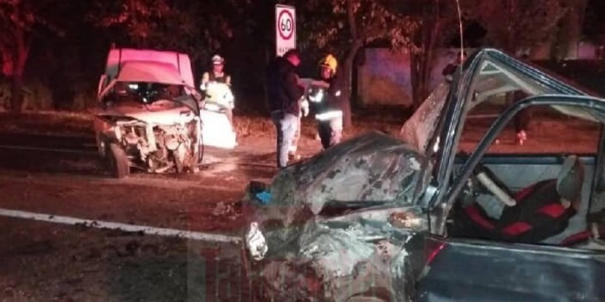 Violento accidente deja un muerto y dos heridos graves en Talagante