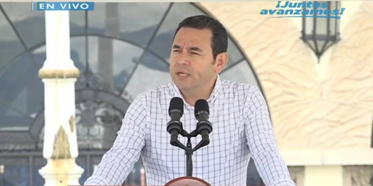 """""""Dos mil personas han sido retornadas"""", dice Jimmy Morales"""