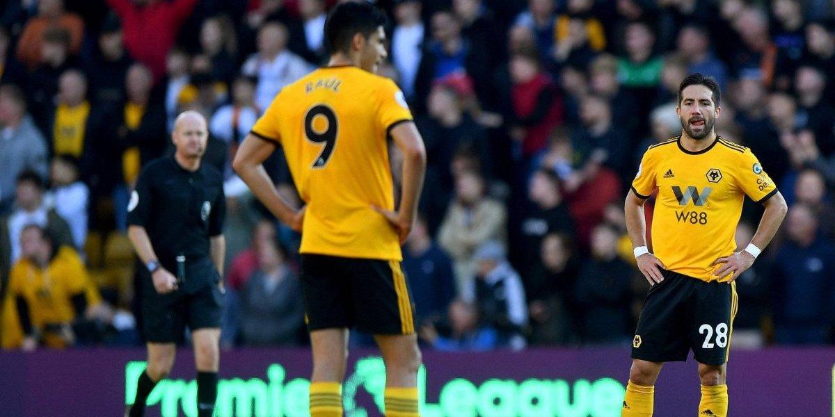 Jiménez y Wolverhampton sufren descalabro ante Watford