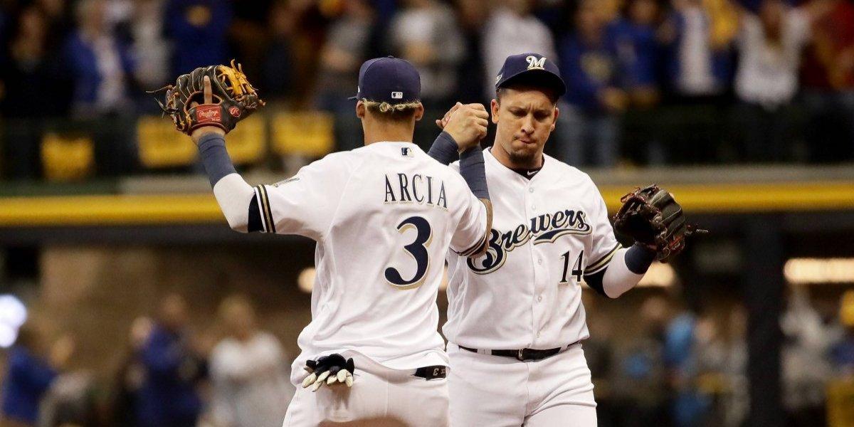 Cerveceros vence a Dodgers y evitan eliminación
