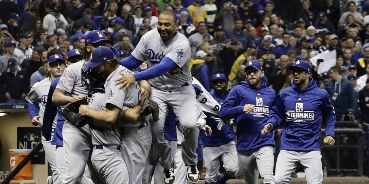 Dodgers ponchan boleto a la Serie Mundial con victoria sobre Cerveceros