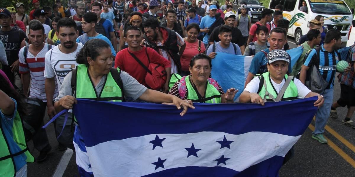 Caravana de migrantes hondureños avanza rumbo a Tapachula, Chiapas