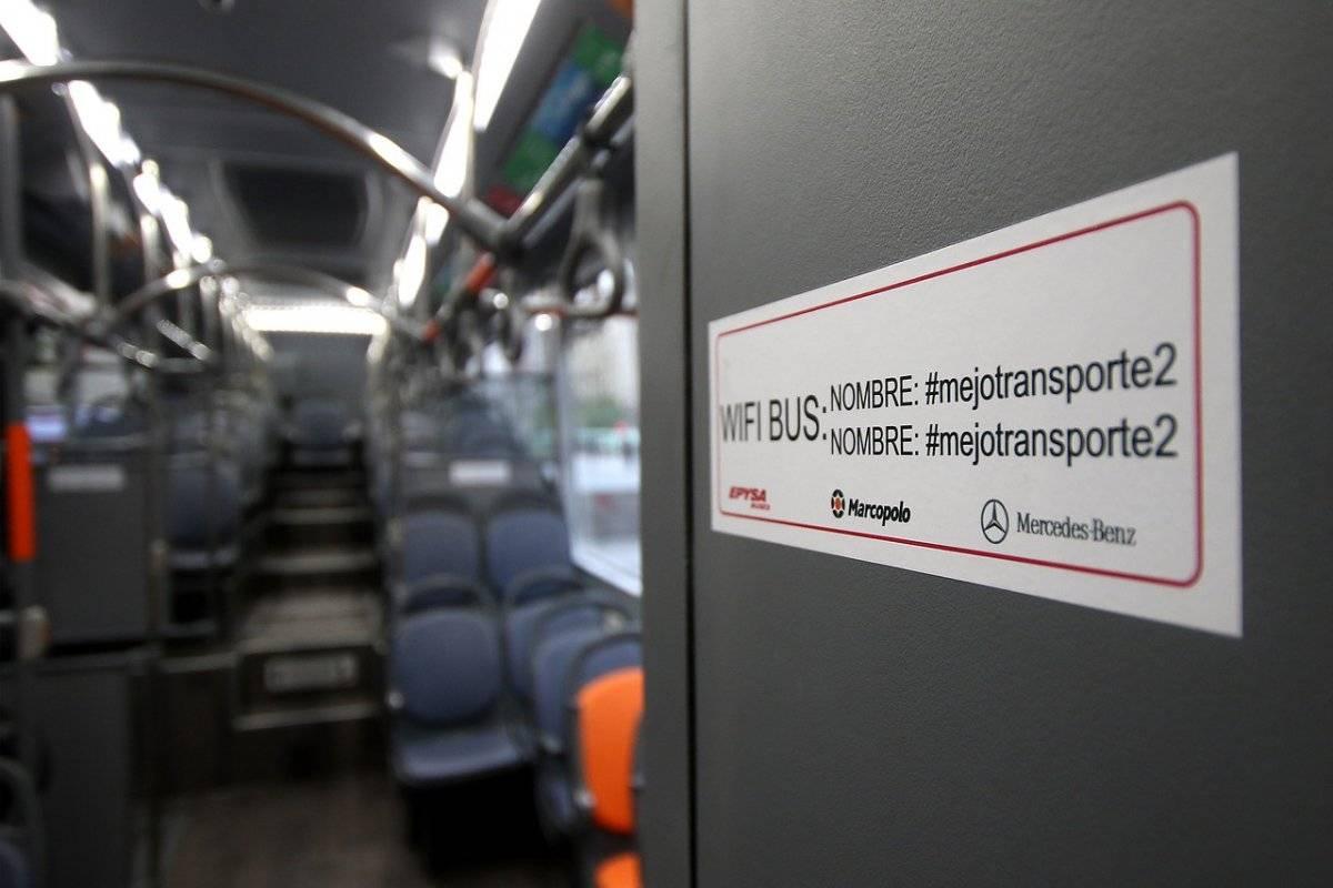 Buses vienen con wifi