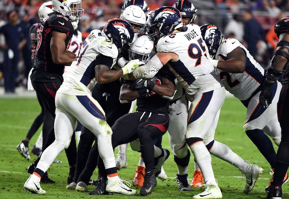 Broncos 45-10 Cardinals / Getty Images