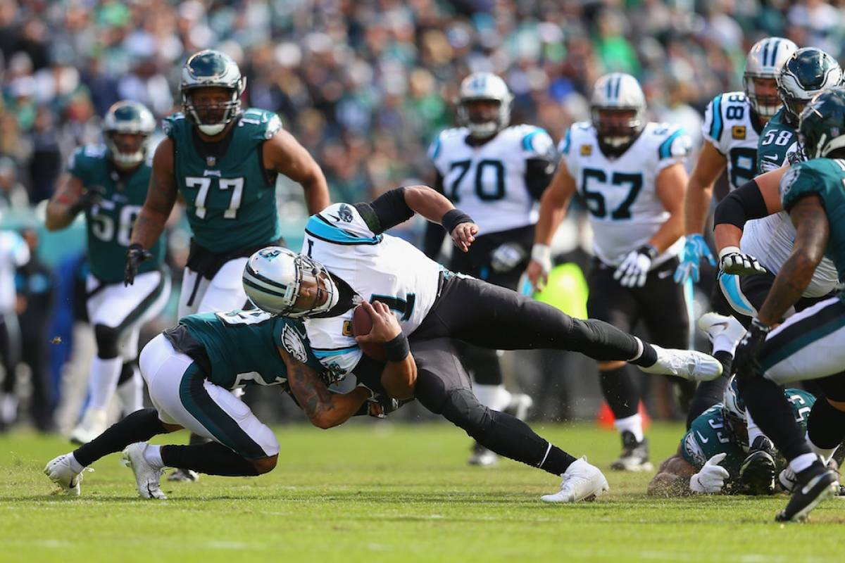 Panthers 21-17 Eagles / Getty Images
