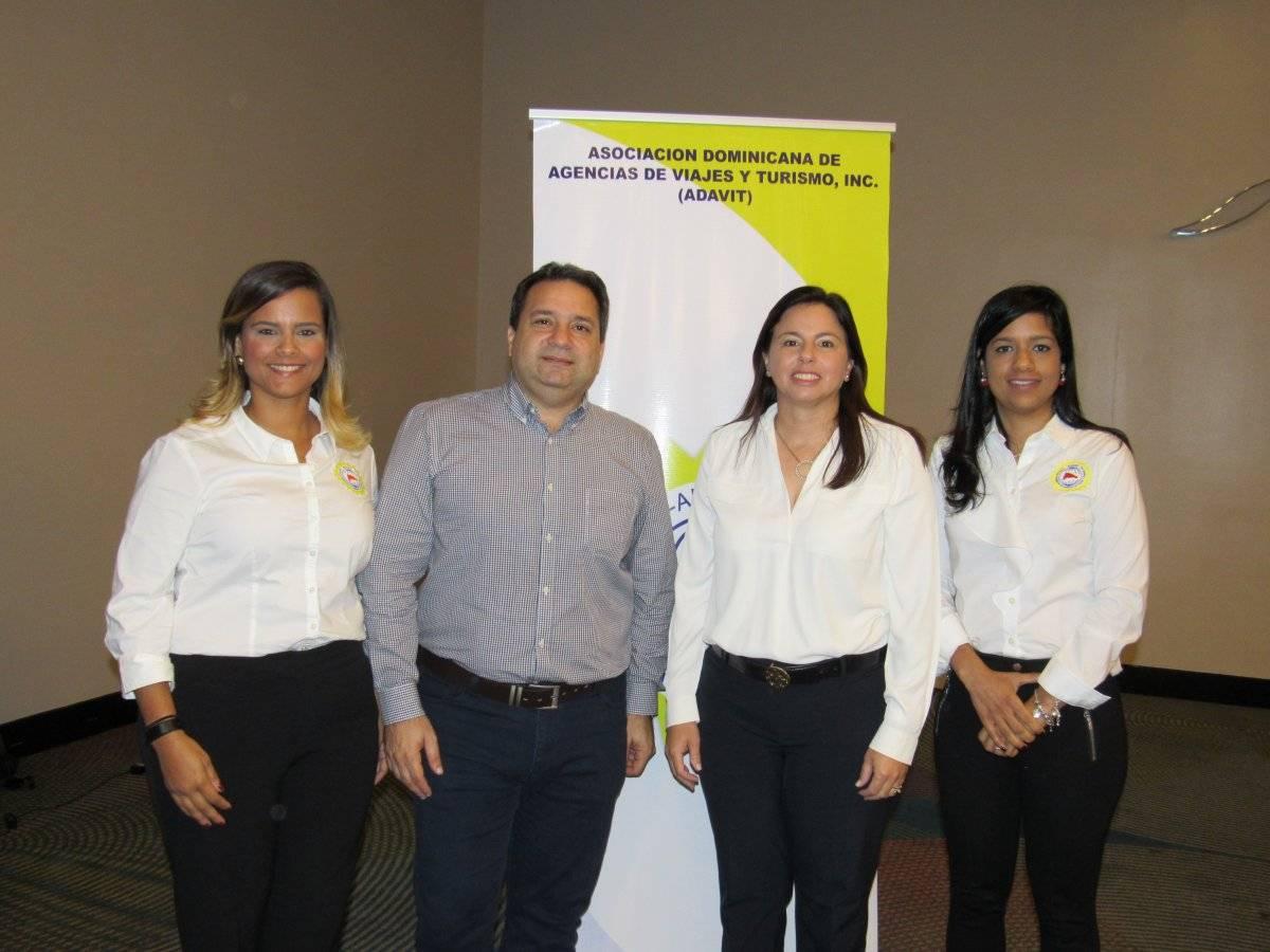 Nicole Mella, Angel Elmúdesi, Ana Santelises y Alicia Abreu