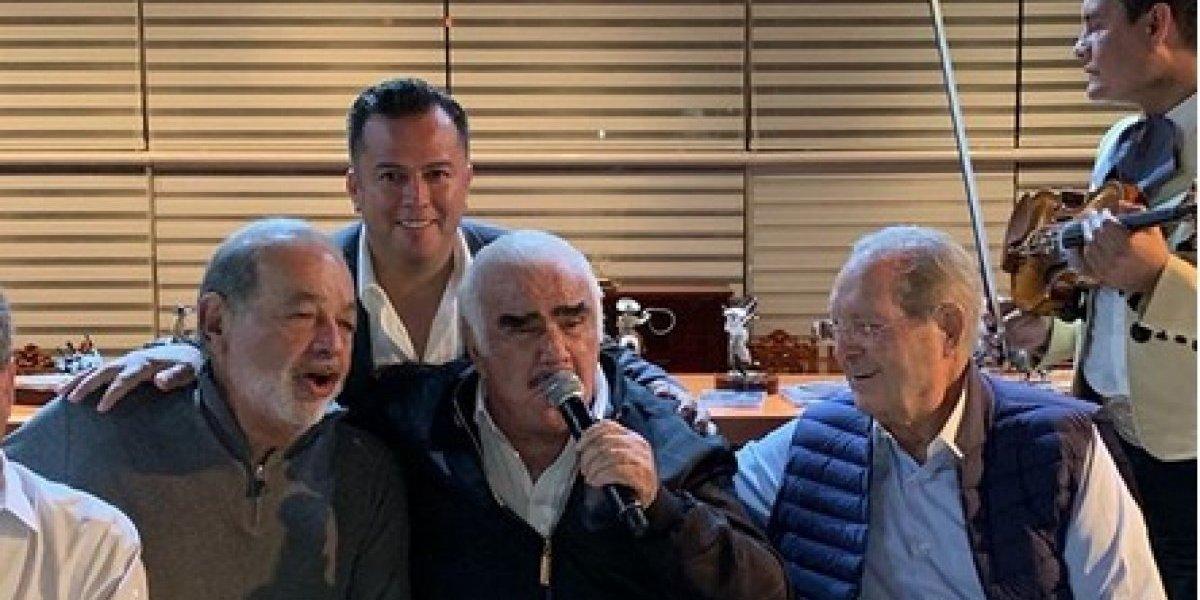 Vicente Fernández y Carlos Slim celebran con música y tequila