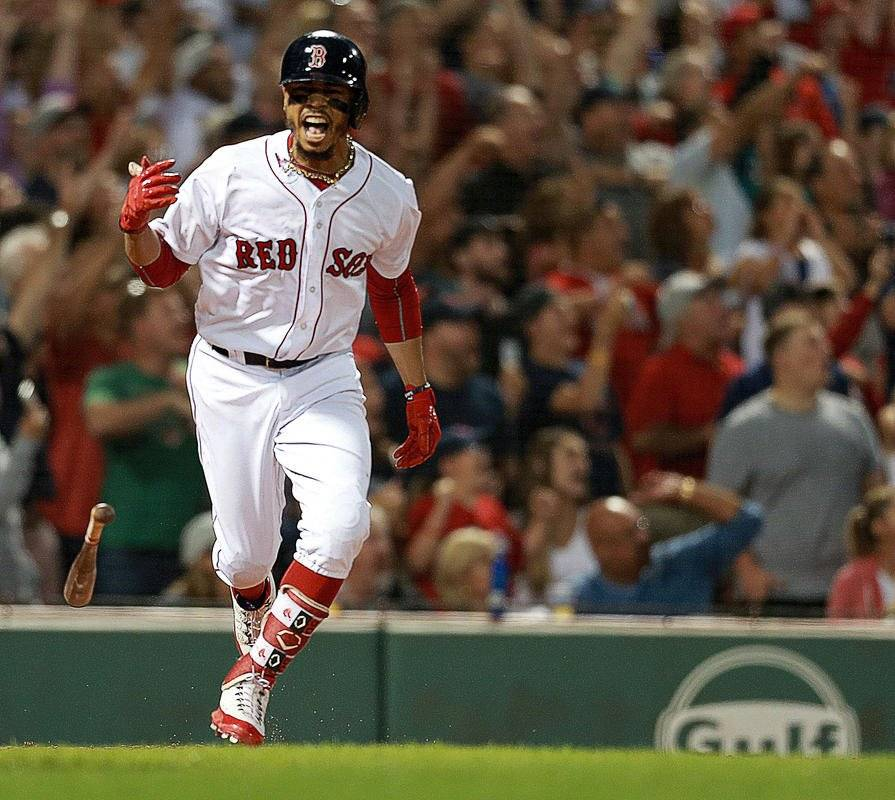 Mookie Betts (Medias Rojas