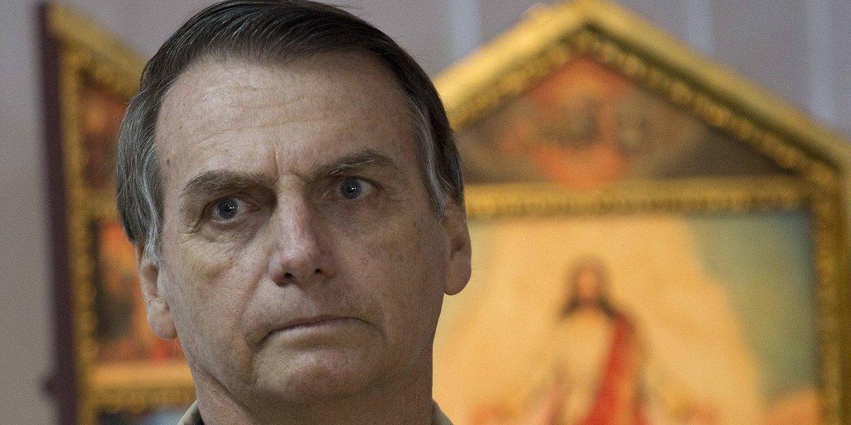 """Siguen los desaires a Bolsonaro: Presidente del Senado no irá al almuerzo oficial en La Moneda por """"razones políticas"""""""