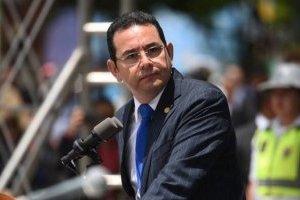 Piden examen psiquiátrico para el presidente Jimmy Morales