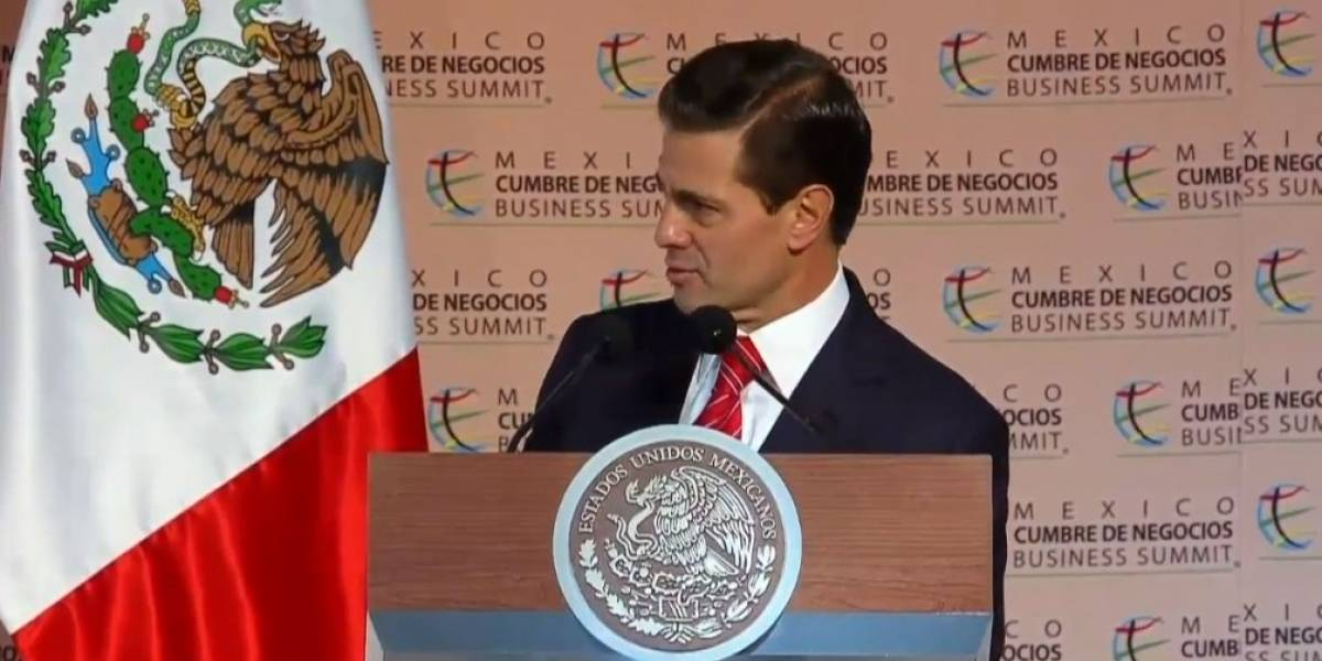 Caravana migrante debe apegarse a la legalidad, exhorta Peña Nieto