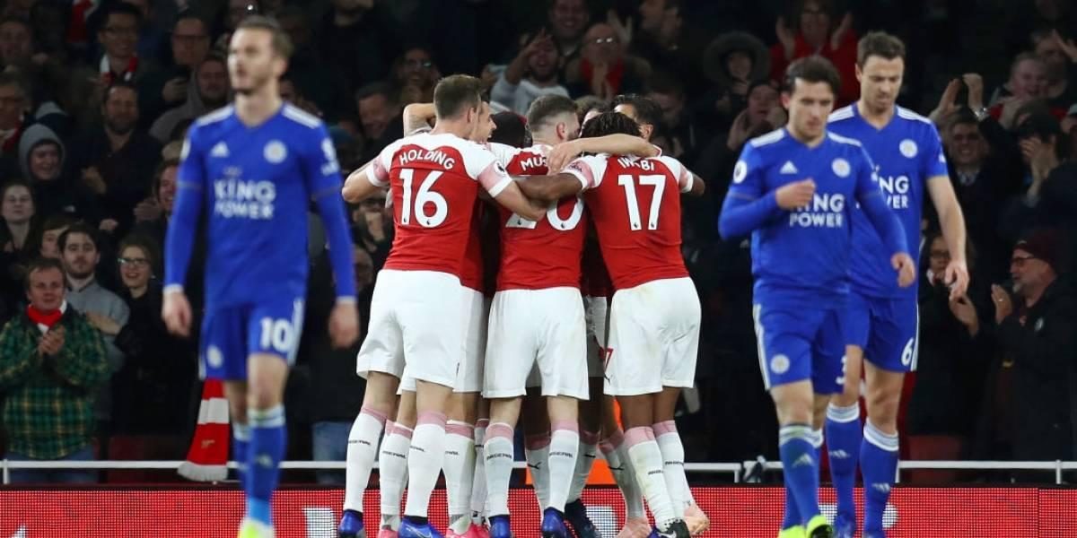 Ni extrañan a Alexis: Arsenal lleva 10 triunfos seguidos y pelea el título de la Premier League