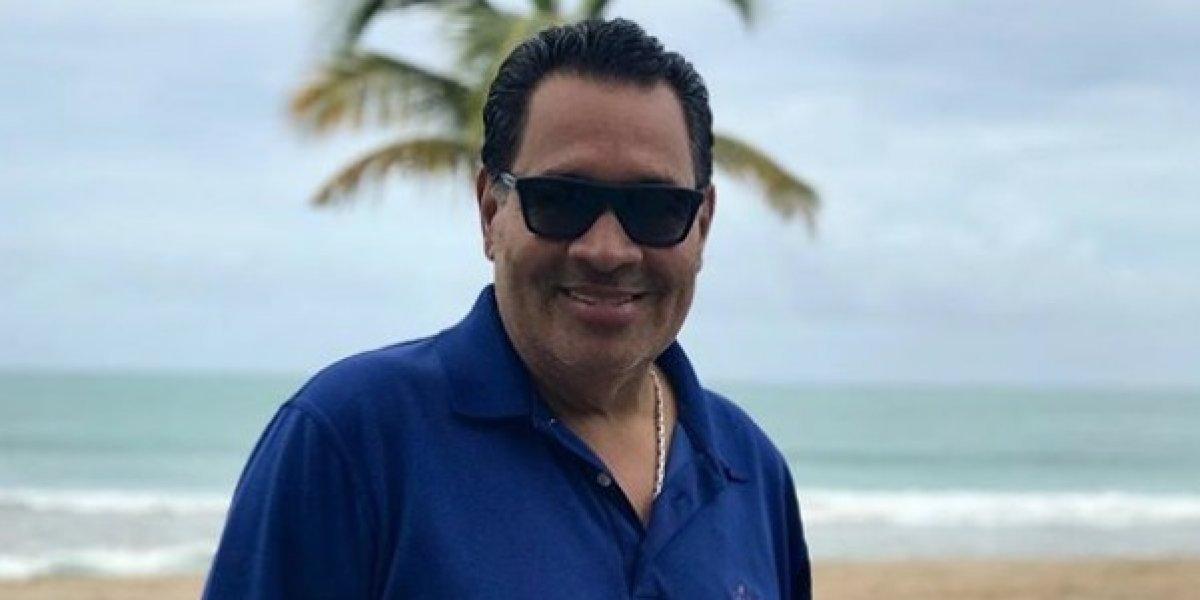 Operan al cantante Tito Nieves