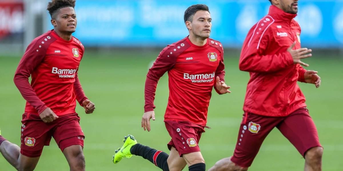 Charles Aránguiz dejó atrás la lesión a la rodilla y está de regreso en el Bayer Leverkusen