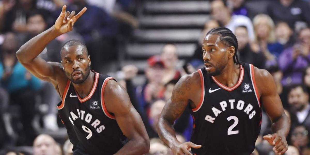 Toronto Raptors sigue con su invicto en el inicio de la NBA con un tremendo Kawhi Leonard