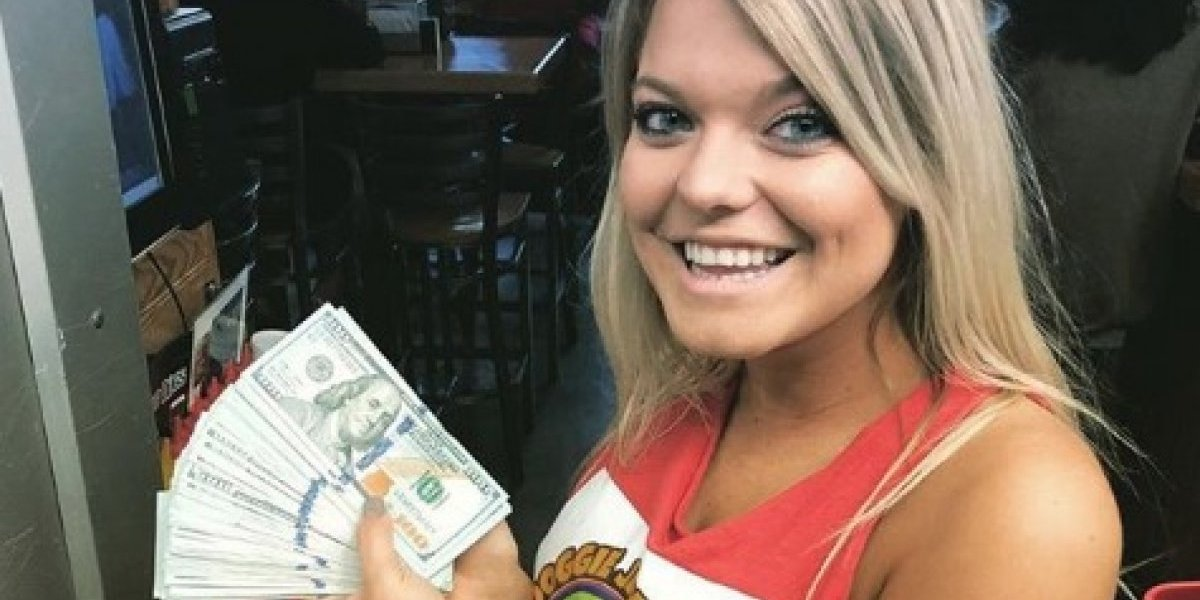 """""""Pensé que los billetes eran falsos"""": la historia del misterioso cliente que pidió dos vasos de agua y dejó una millonaria propina"""
