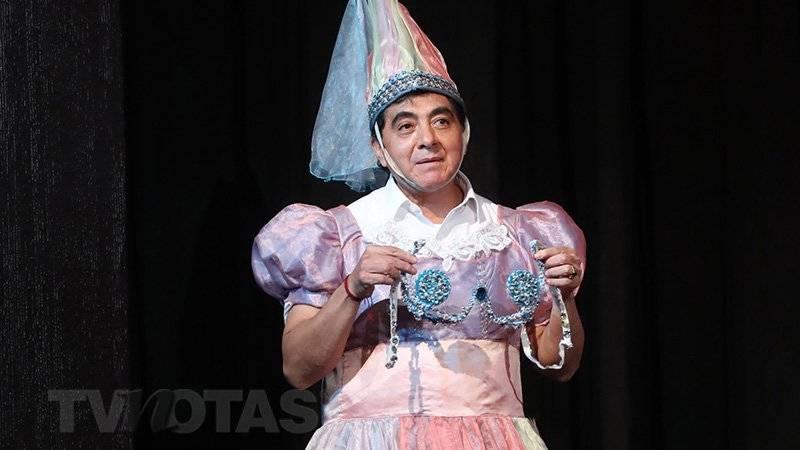 """Carlos Bonavides en """"La Semesienta"""""""
