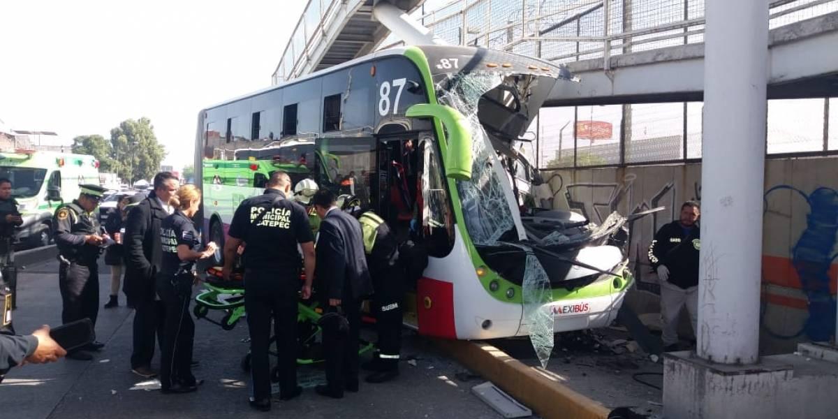 Al menos 22 heridos tras choque de Mexibús en Ecatepec