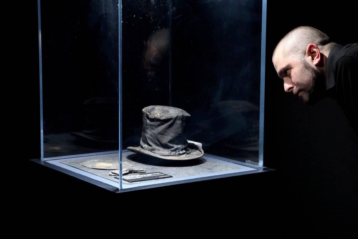 Un sombrero y objetos personales Foto: Getty Images