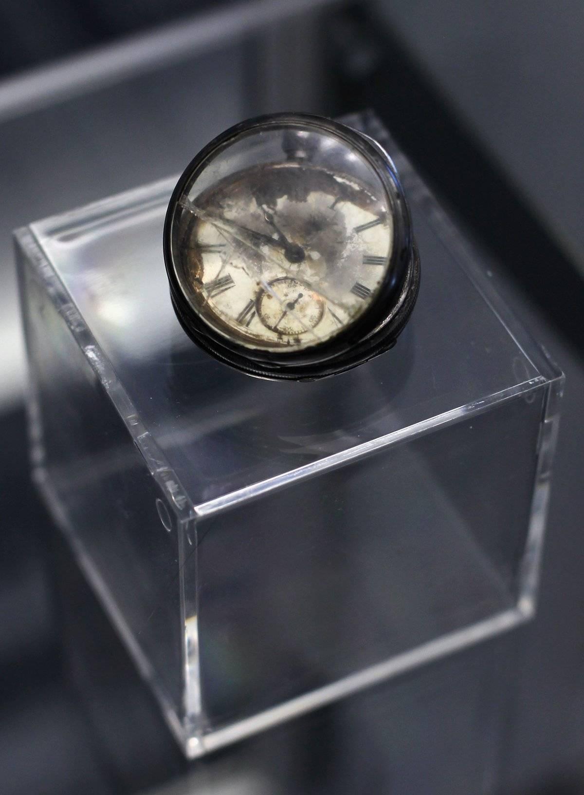 Un reloj de bolsillo recuperado del sitio de RMS Titanic Foto: Getty Images