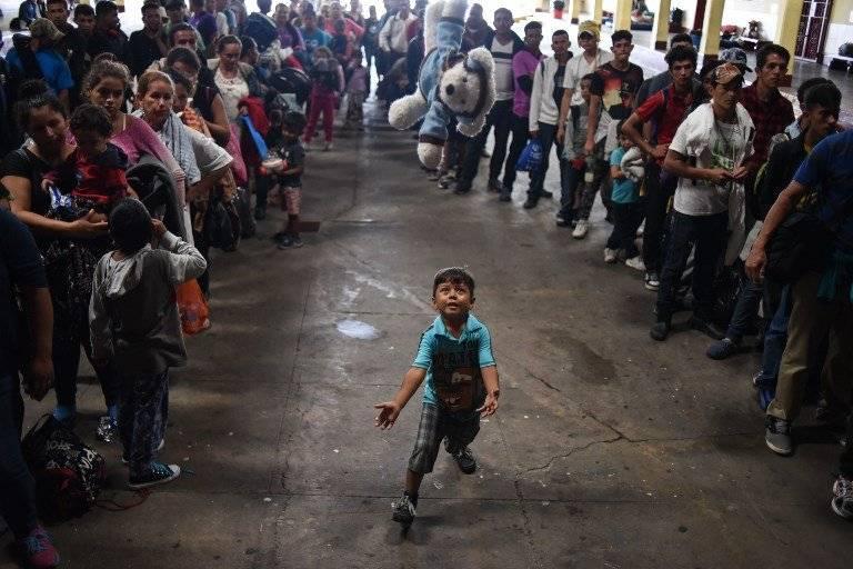 Niños migrantes hondureños