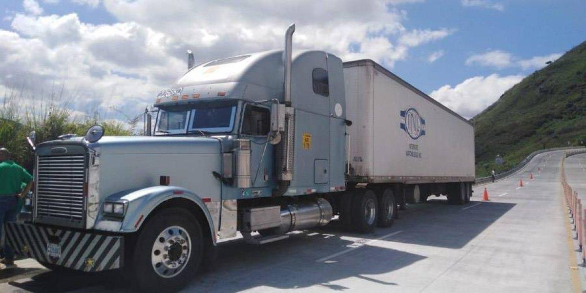Policía habría evitado el robo de dos furgones en menos de 24 horas