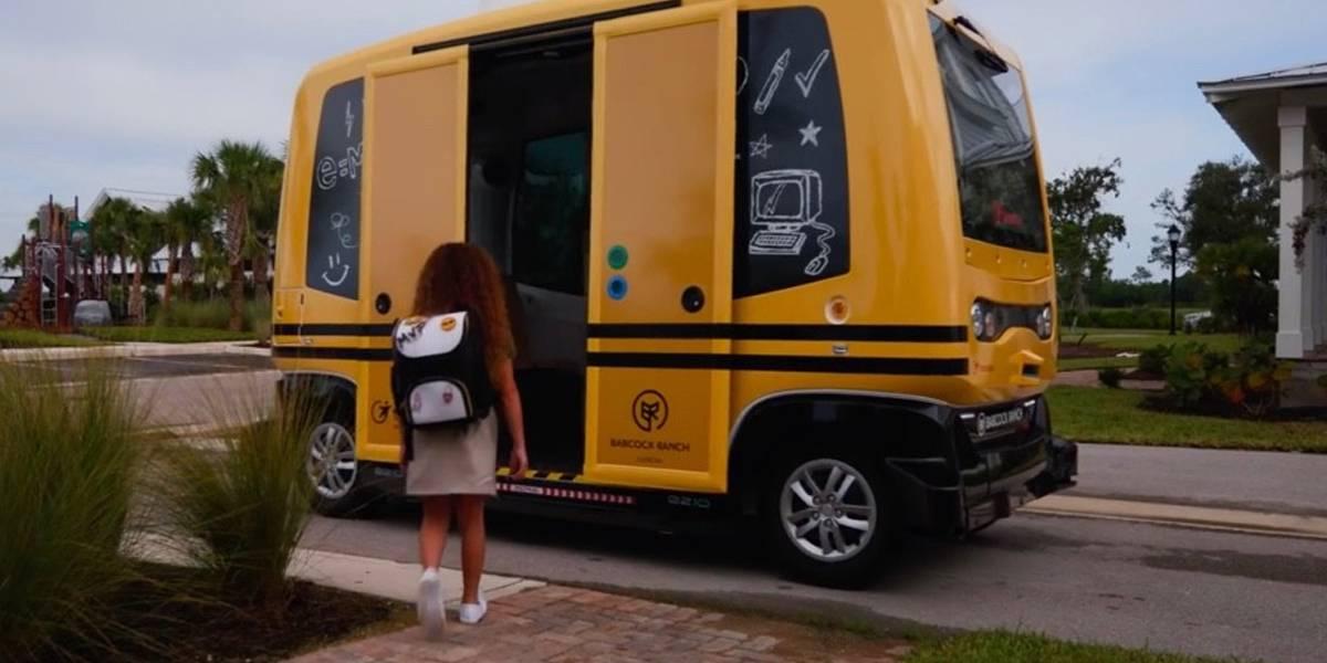 Prohíben autobuses escolares autónomos de Transdev por inseguros