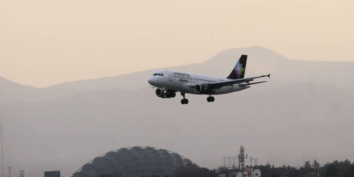 """Volaris cancela vuelos por condiciones meteorológicas causadas por """"Willa"""""""