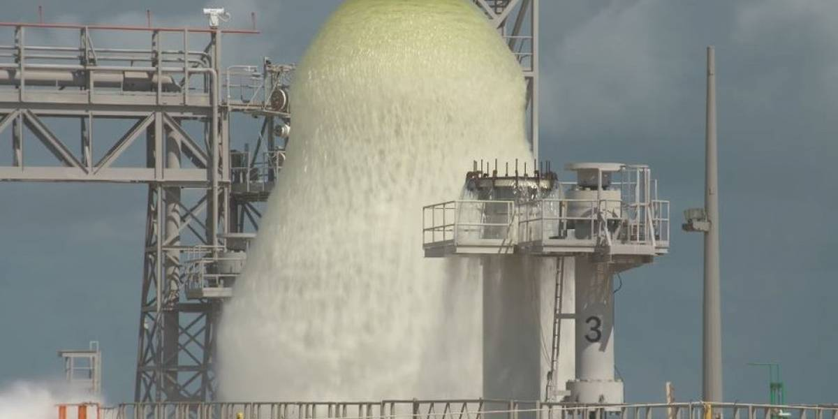 """Por que a Nasa está criando um """"sistema de dilúvio"""" para lançamentos de foguetes"""
