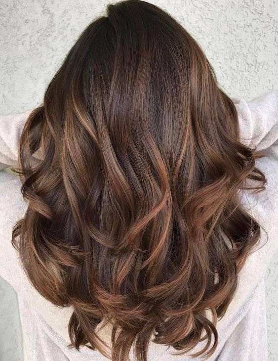 Colores de cabello de moda para triguenas