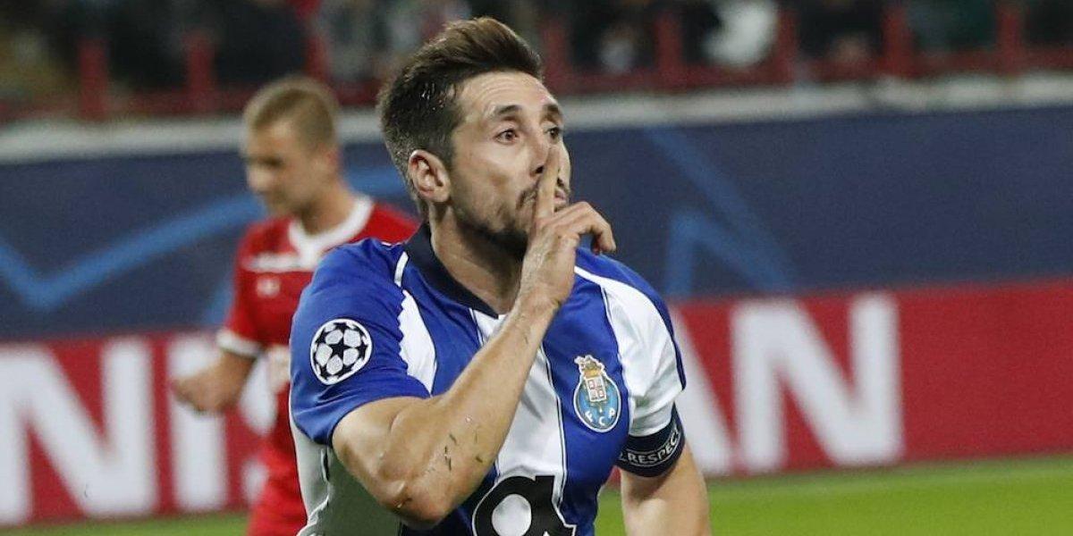 Herrera y Corona brillan en el triunfo del Porto ante el Lokomotiv