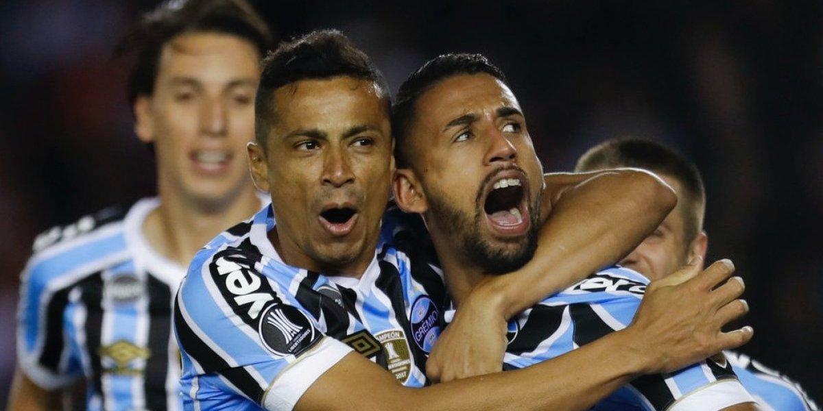 Gremio golpeó a River Plate a domicilio y quedó a un paso de la final de la Copa Libertadores