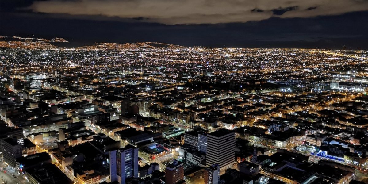 Video: dramática golpiza a joven en condición de discapacidad en Bogotá